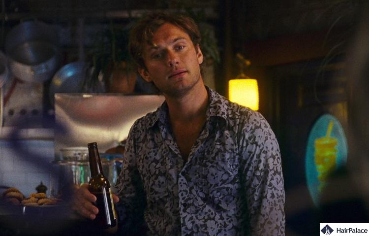 Jude Law's new hair style in My Blueberry Nights